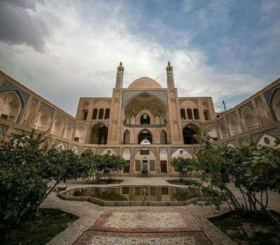 Agha Bozourg mosque