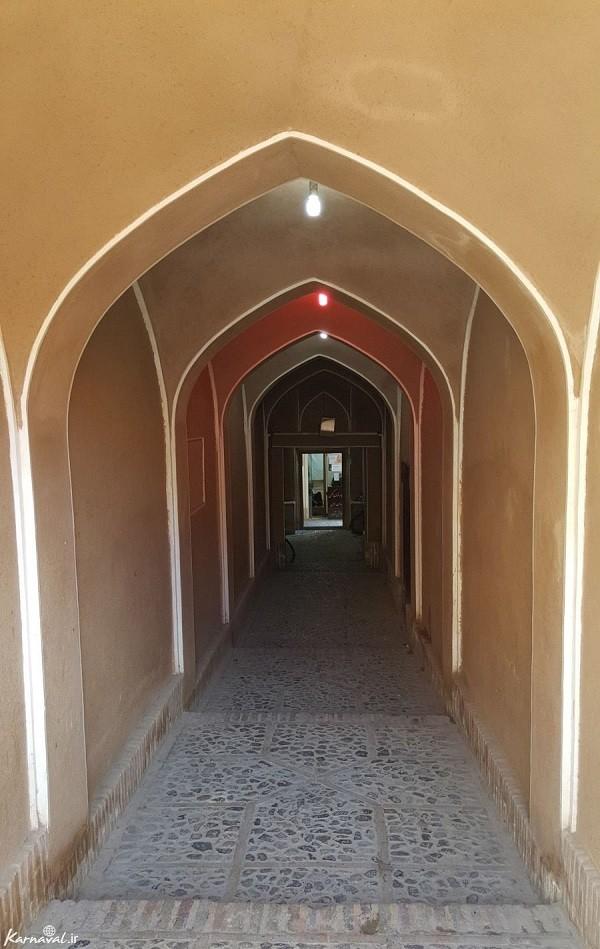 Dalan-e-voroudi (the entrance corridor)