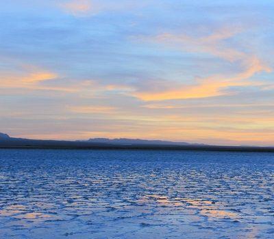 the salt lake of Khour