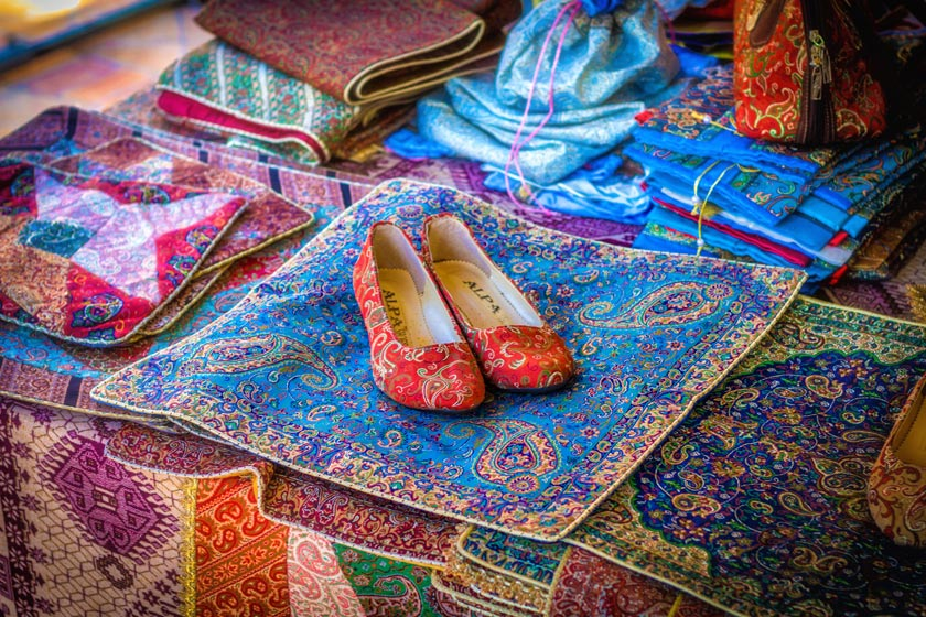 Industrial Heritage of Textile in the central plateau of Iran