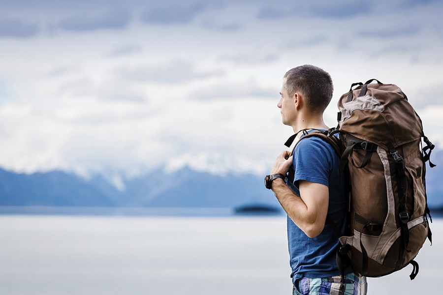 20 Tips for solo travelling - IranInDepth